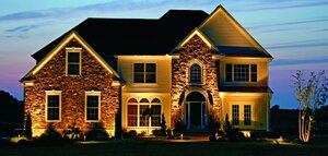 Landscape lighting on Chicago home
