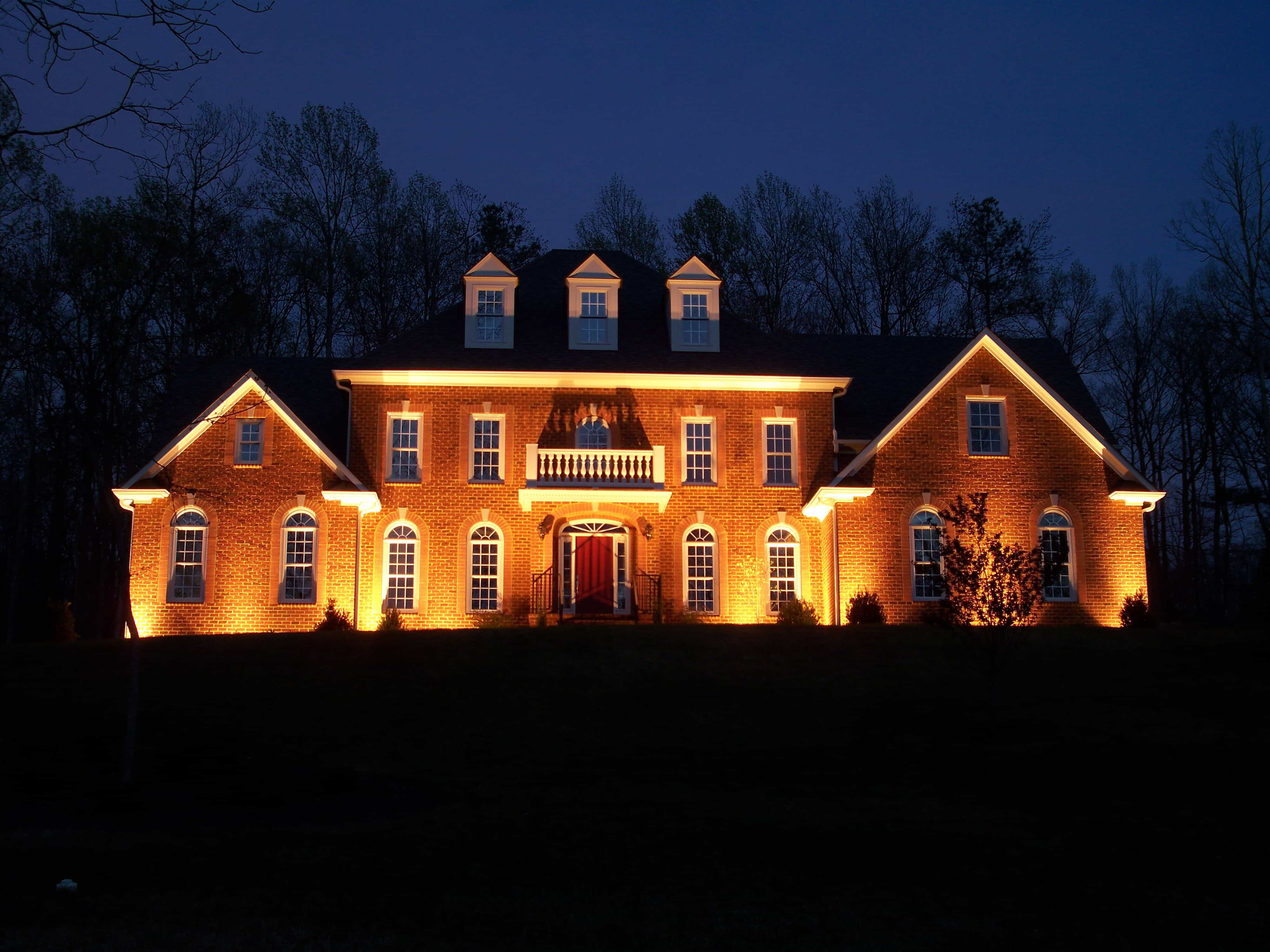 home custom outdoor lighting