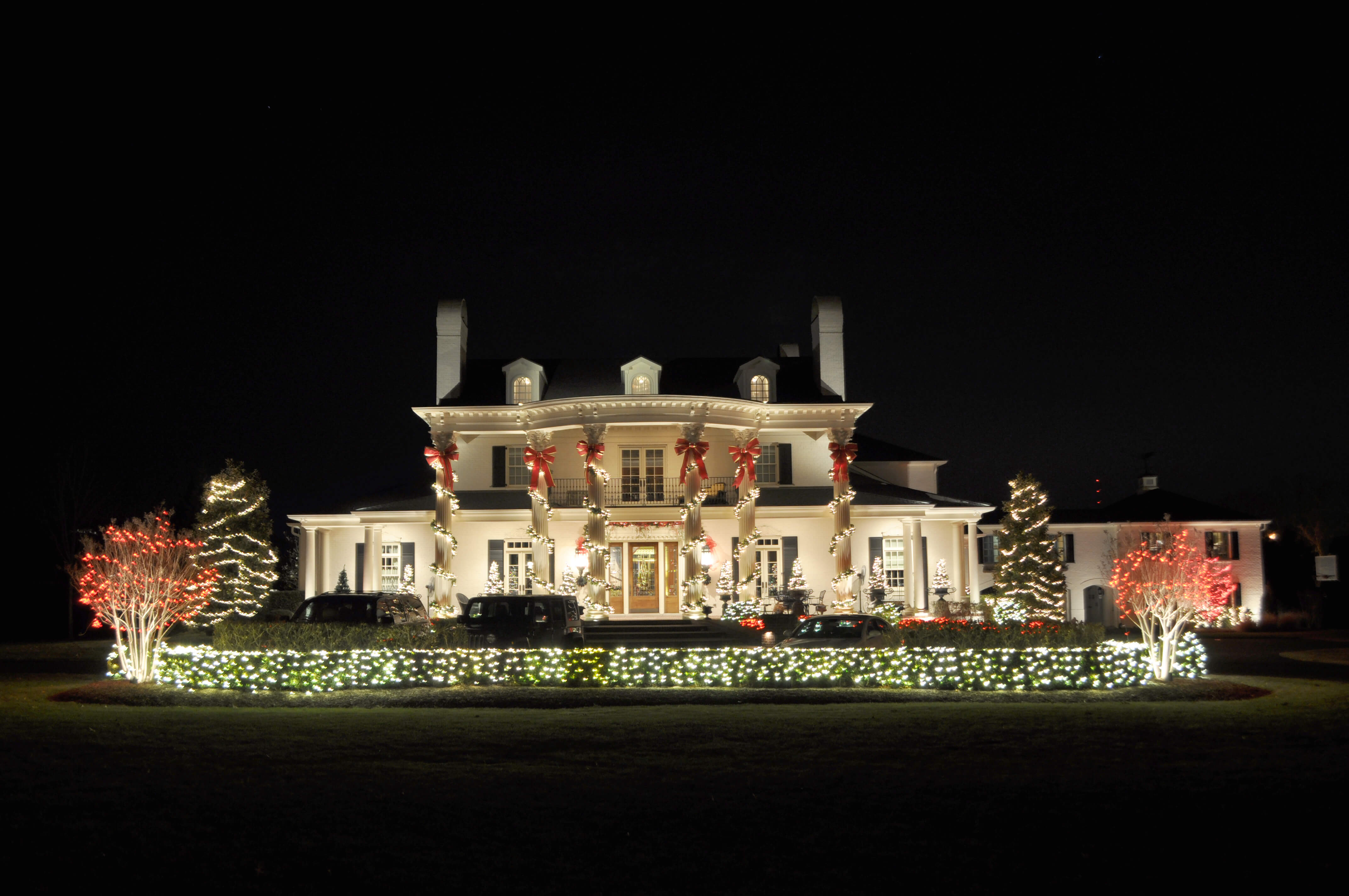 house with exterior holiday lighting