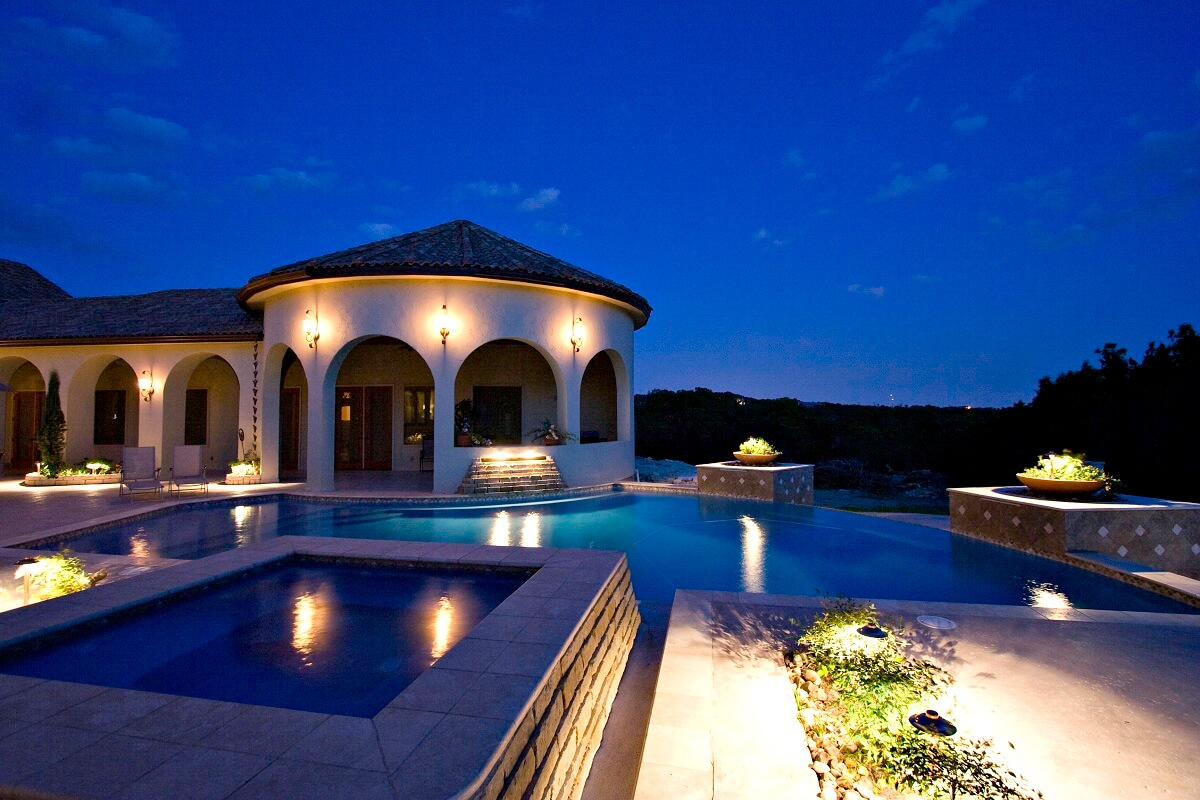 Pool and architecture lighting