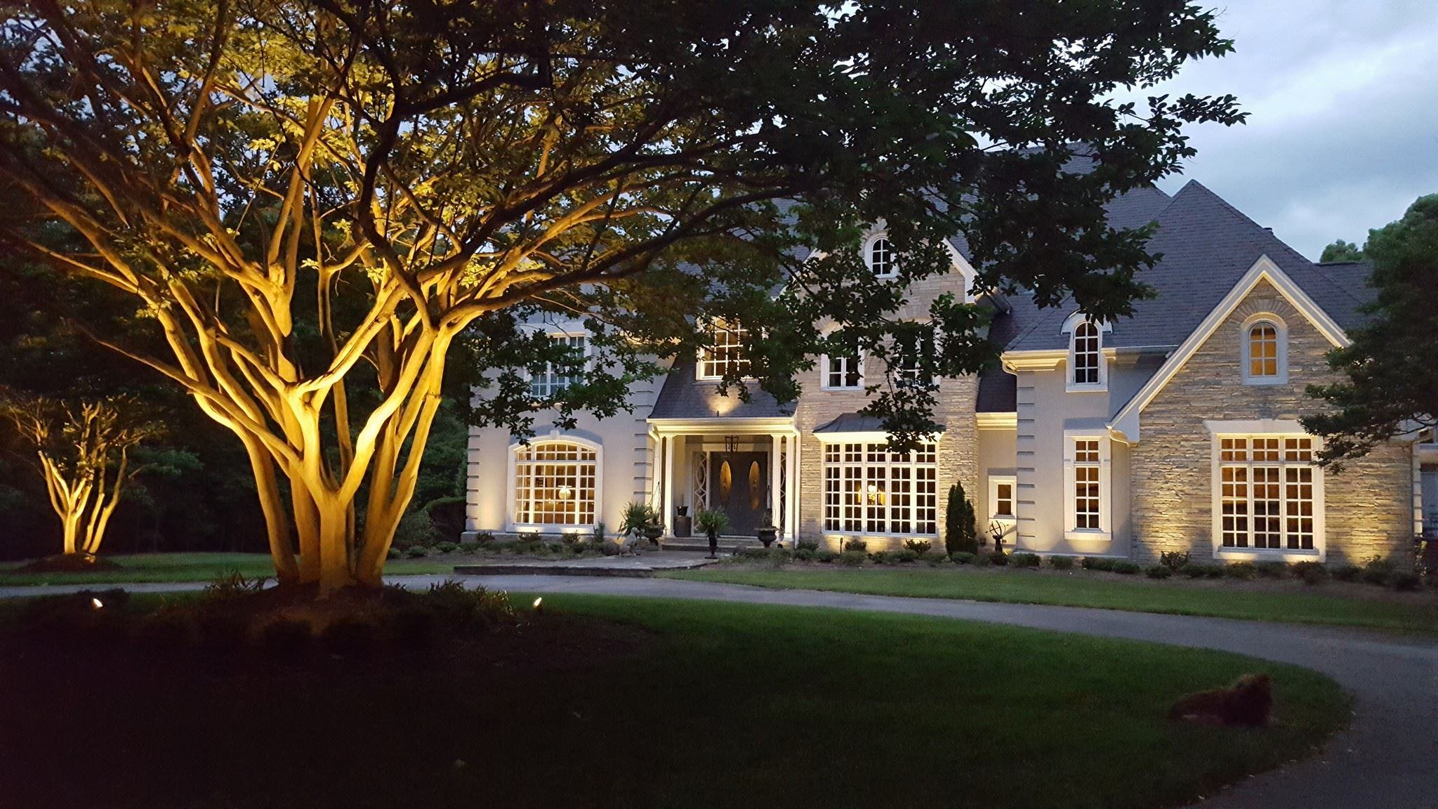 outdoor lighting installer in Apex NC