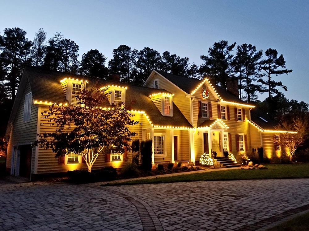 Holiday lighting from Jonesboro holiday lighting company, OLP