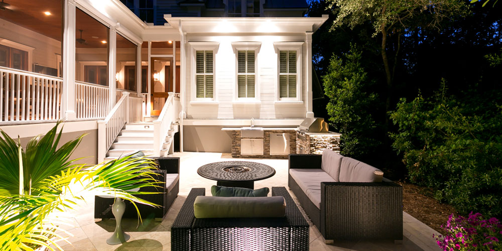 South Carolina home with outdoor lighting