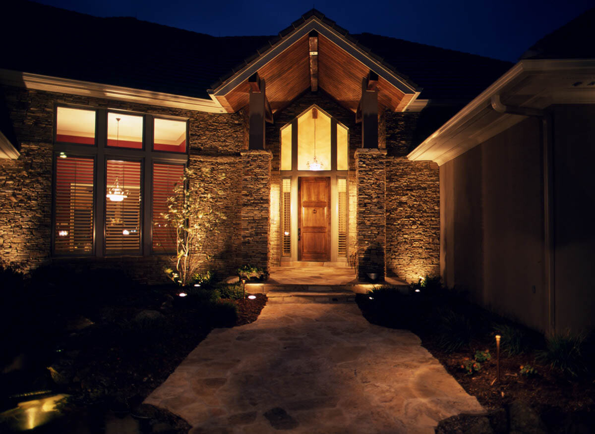 Path and entryway lighting