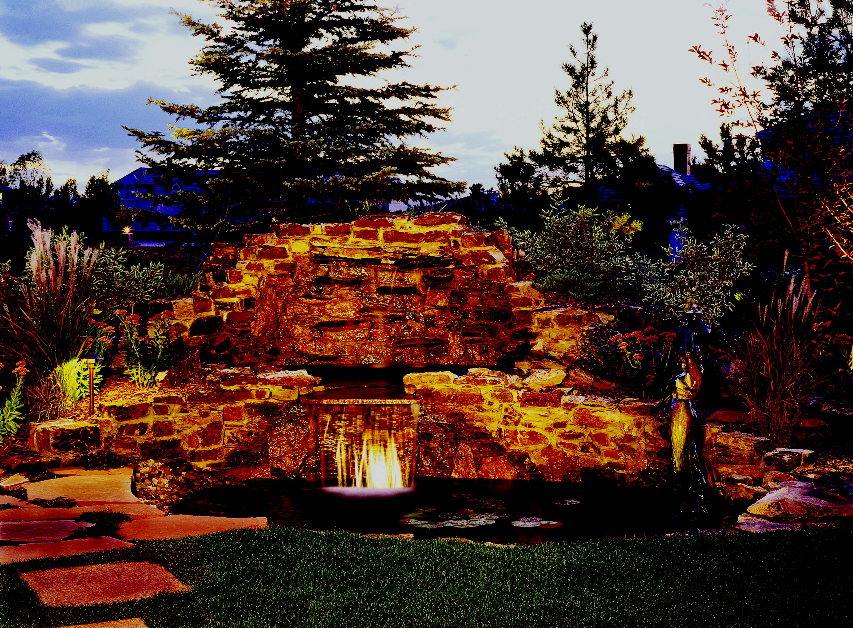 Waterfall lighting feature
