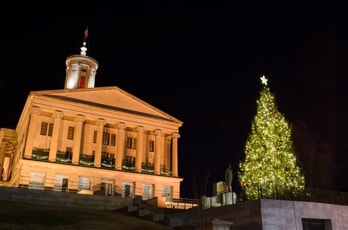 tennessee state capital christmas tree