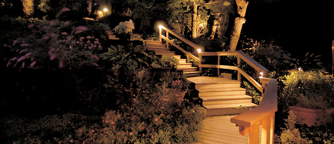 deck and stairs lighting