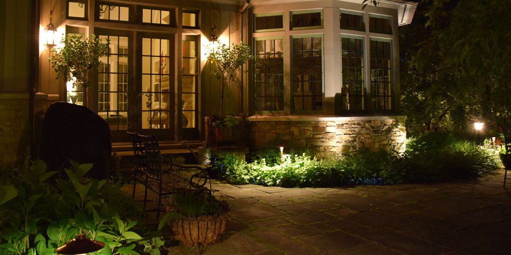 outdoor patio lights on home