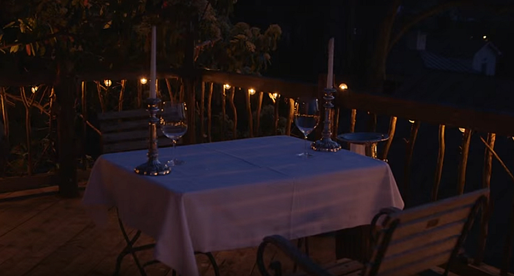 romantic outdoor lighting
