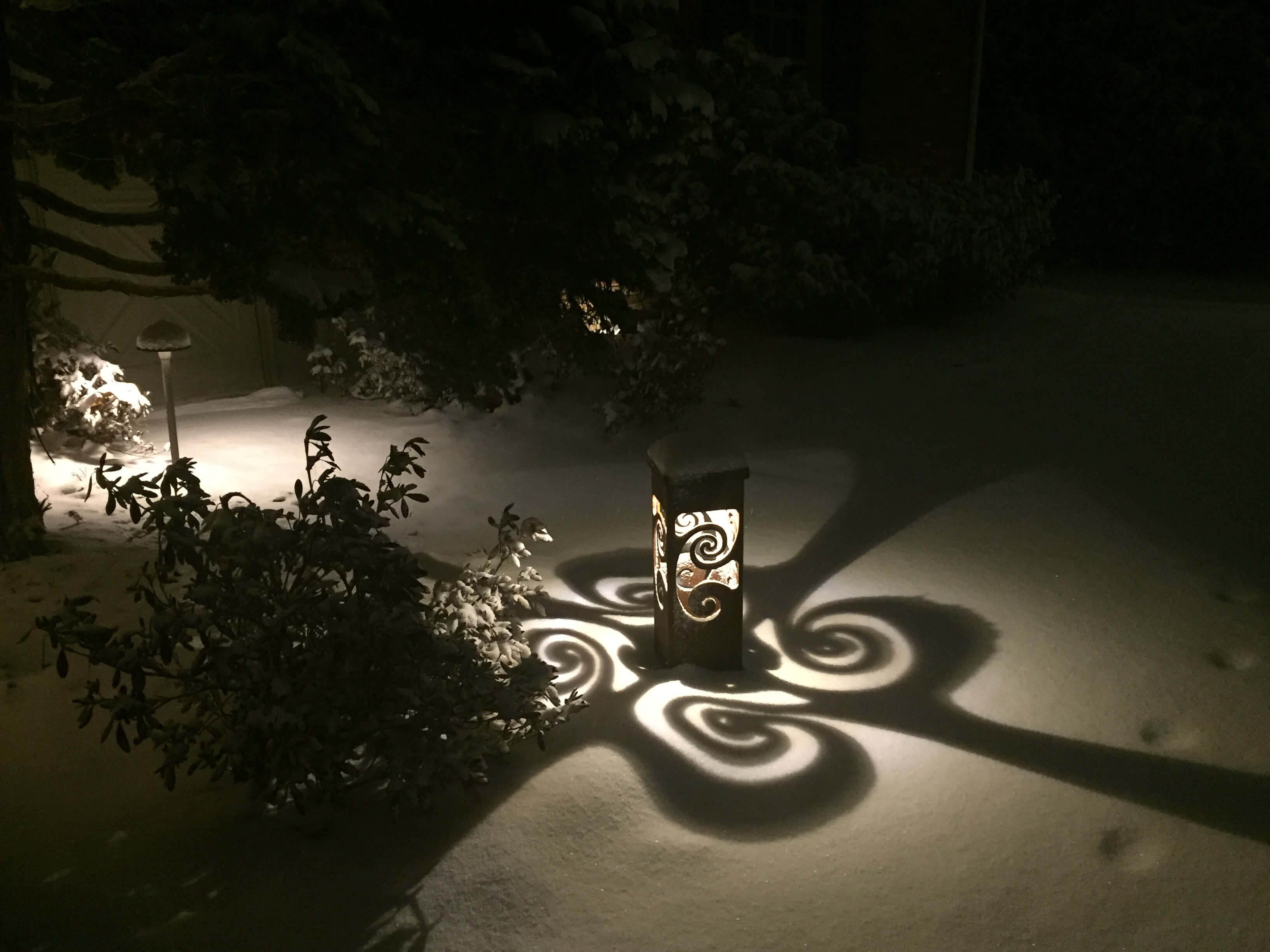 Decorative path lighting
