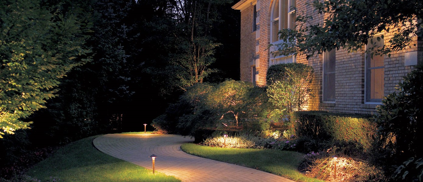 front yard residential pathway lights
